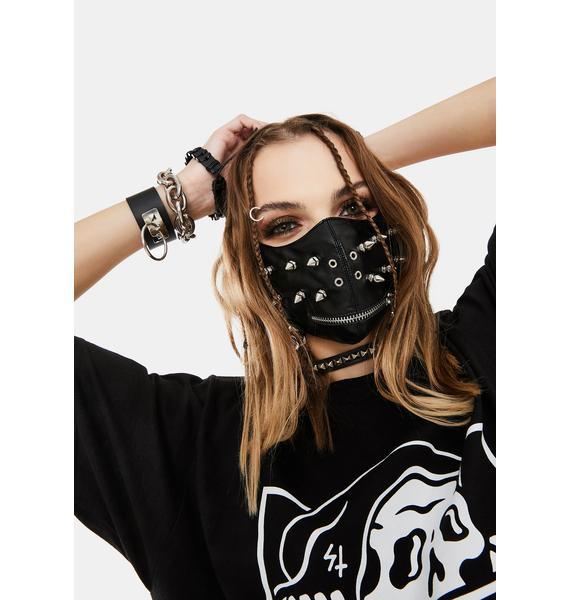 Lamoda Hanging Chains Face Mask