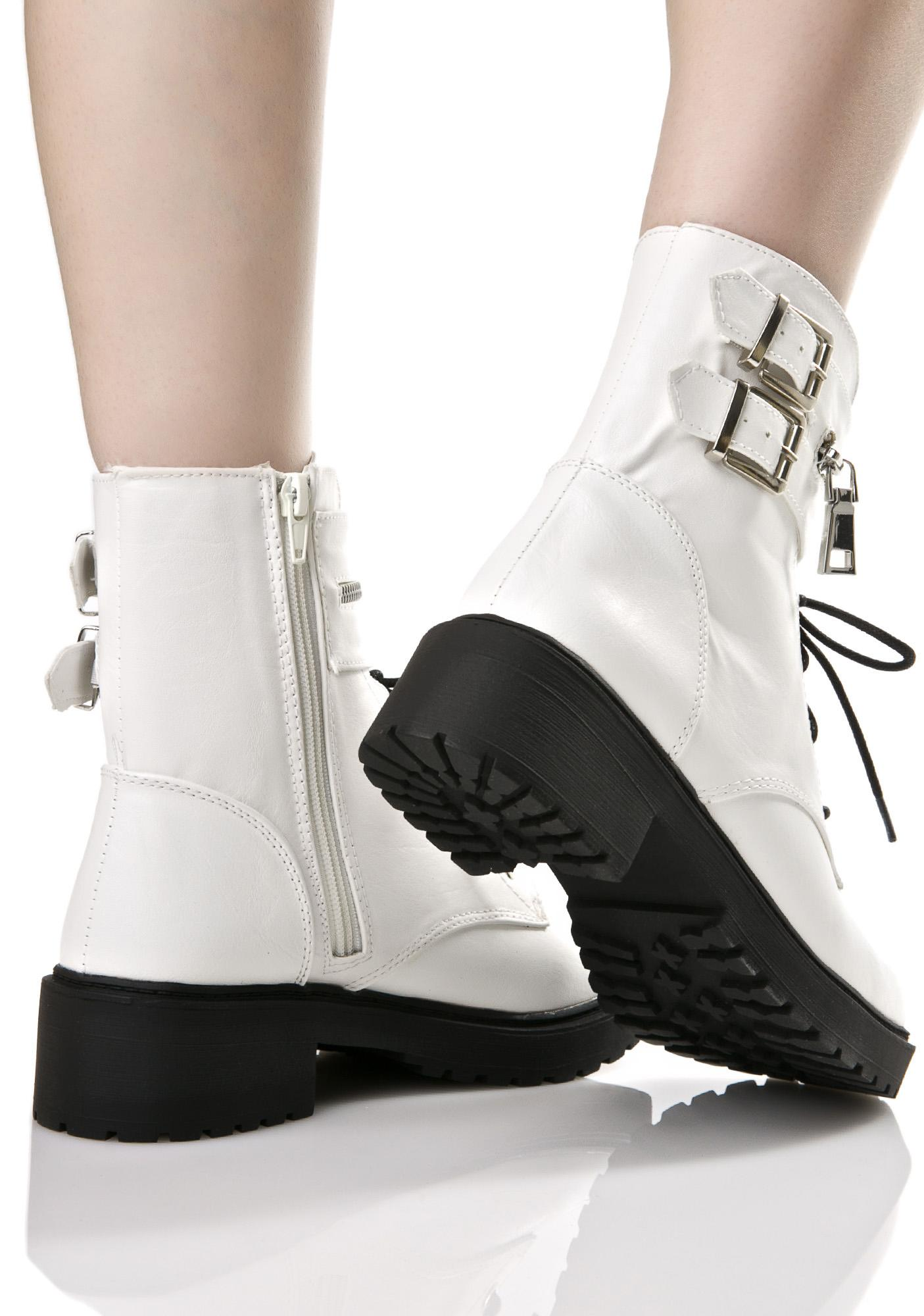 Duplicity Boots