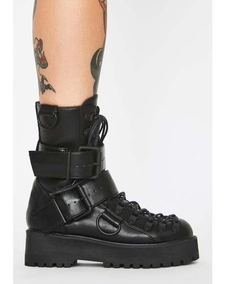 Low Traitor Boots