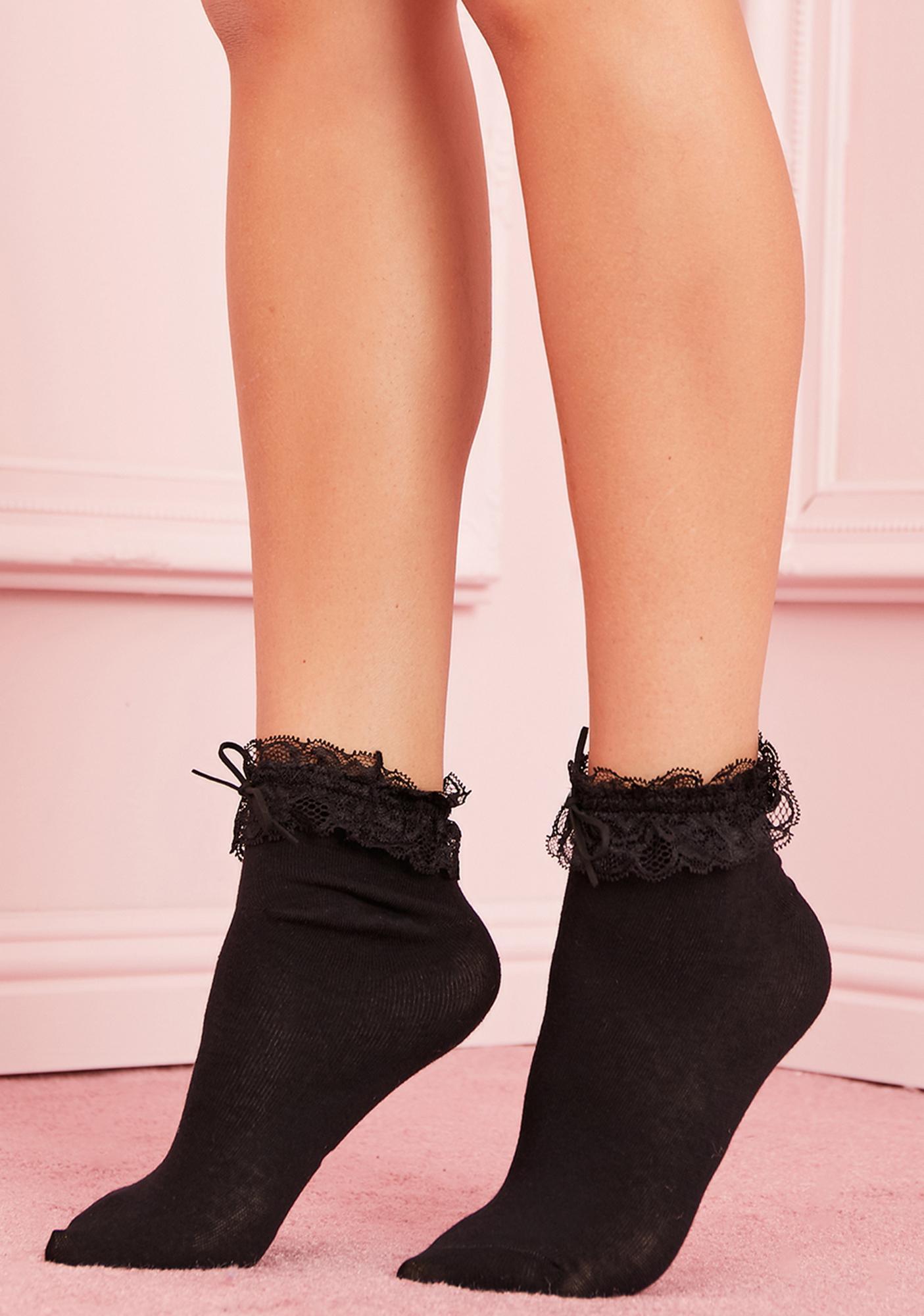 Sinful Petticoat Pleasures Ruffle Socks