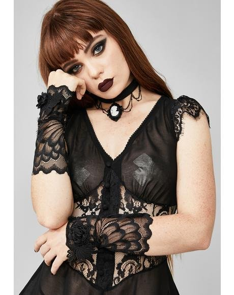 Morose Darling Lace Cuffs