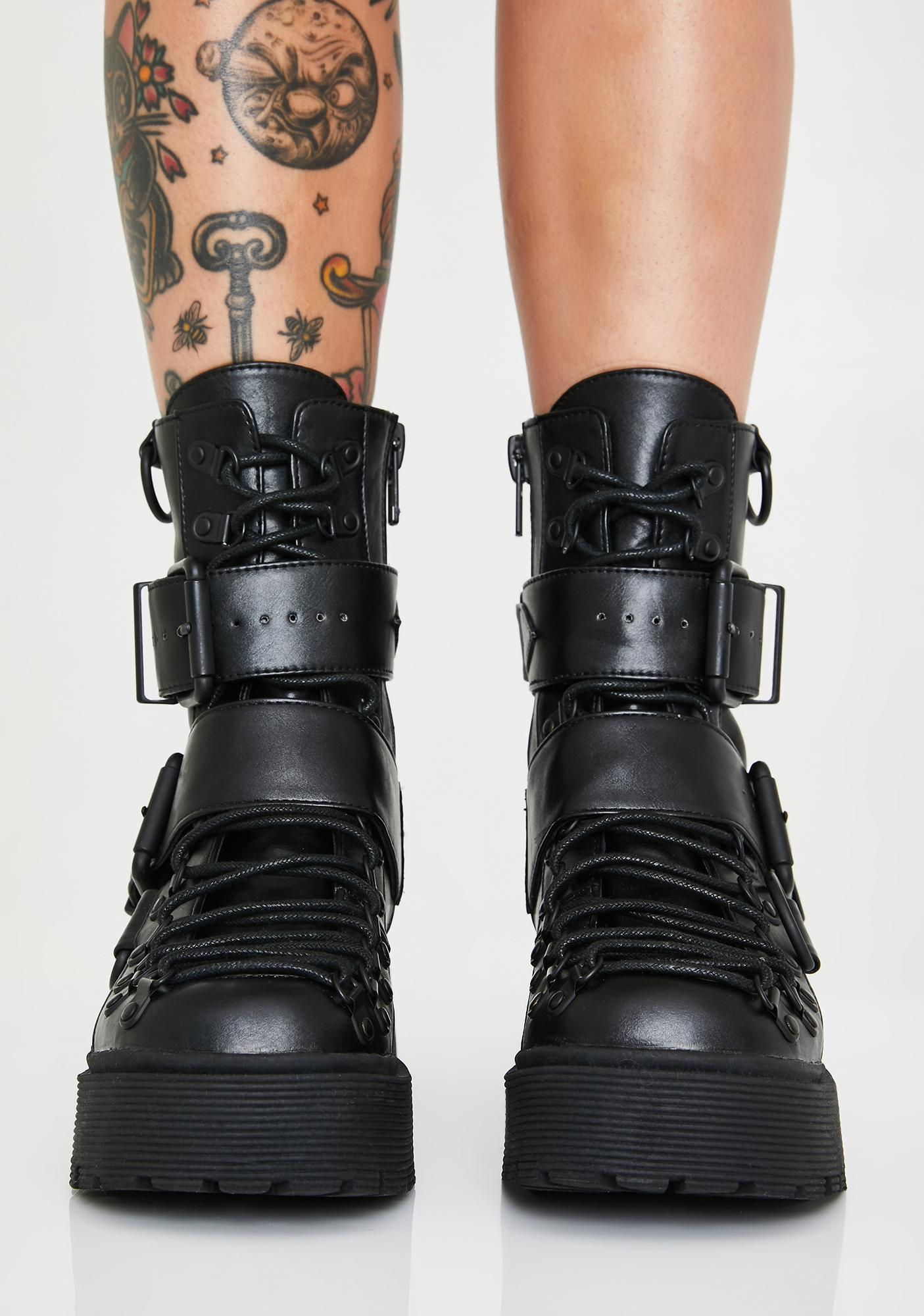 Club Exx Low Traitor Boots