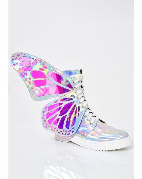Holographic Metamorphic Boots