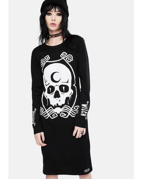 Broken Long Sleeve Graphic Dress