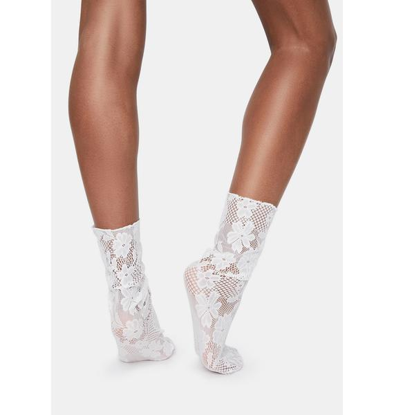 MeMoi White Floral Lace Slouch Crew Socks