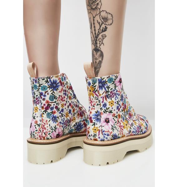 Dr. Martens Wanderlust Sinclair Boots