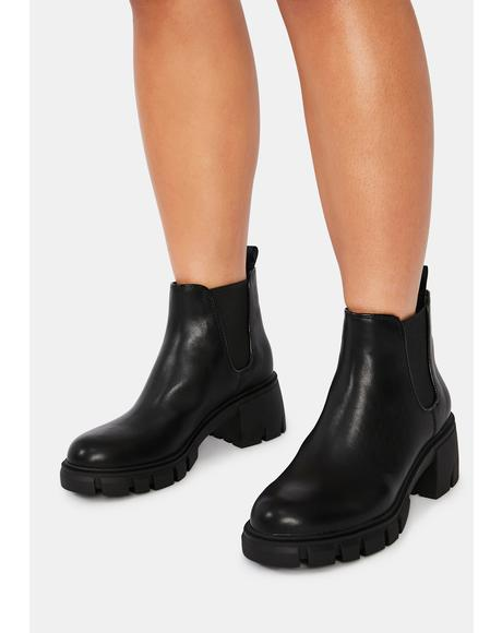 Black Howl Boots