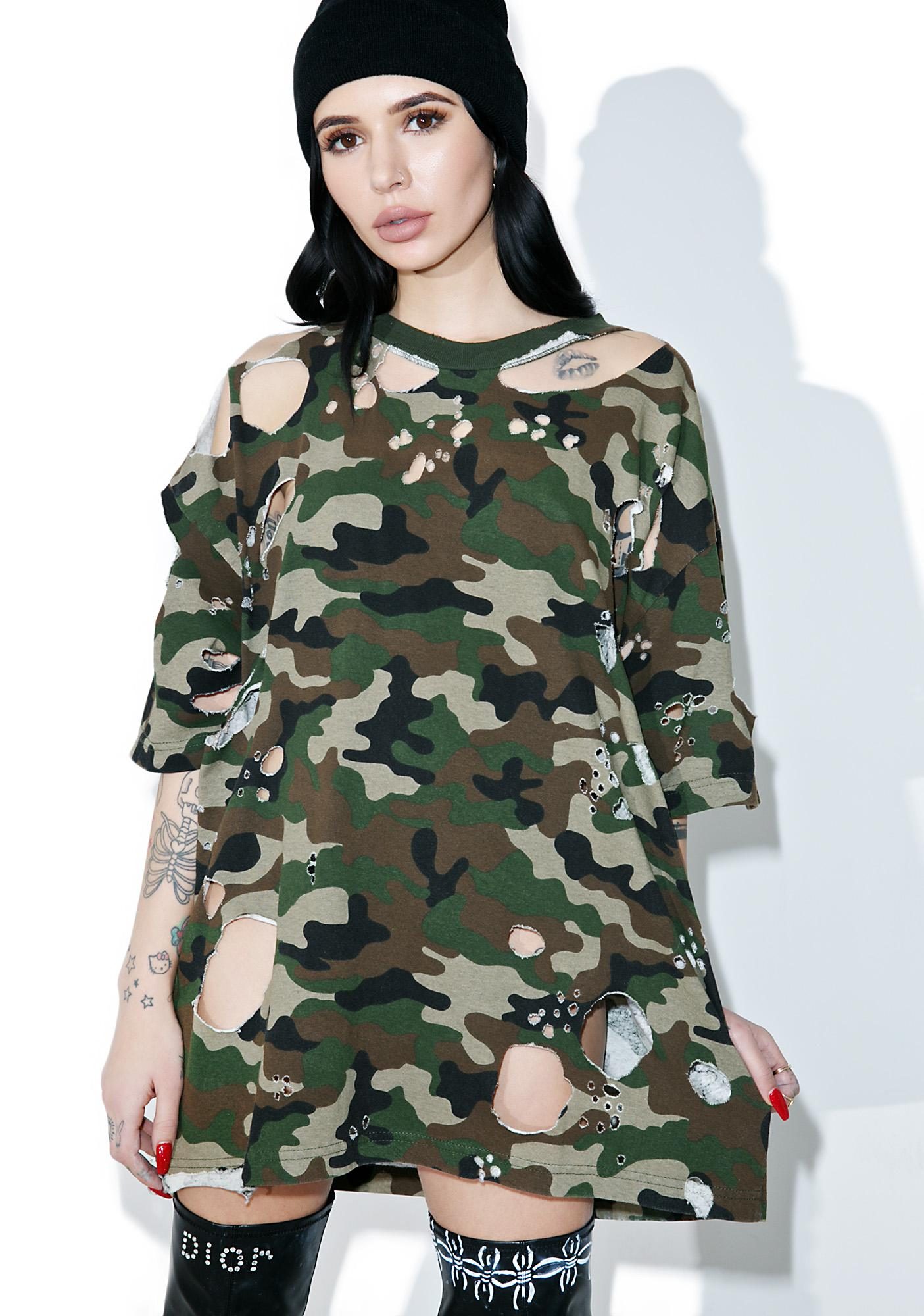 62b10232 Distressed Oversized Camo Tee | Dolls Kill
