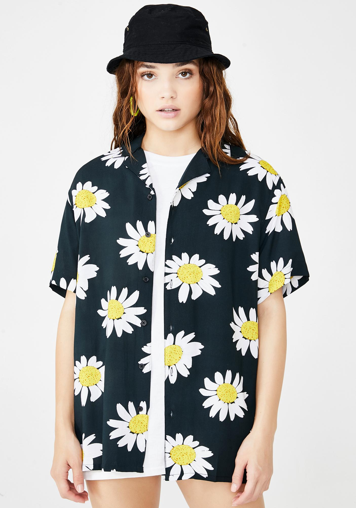 Petals and Peacocks Daisies Vacation Shirt