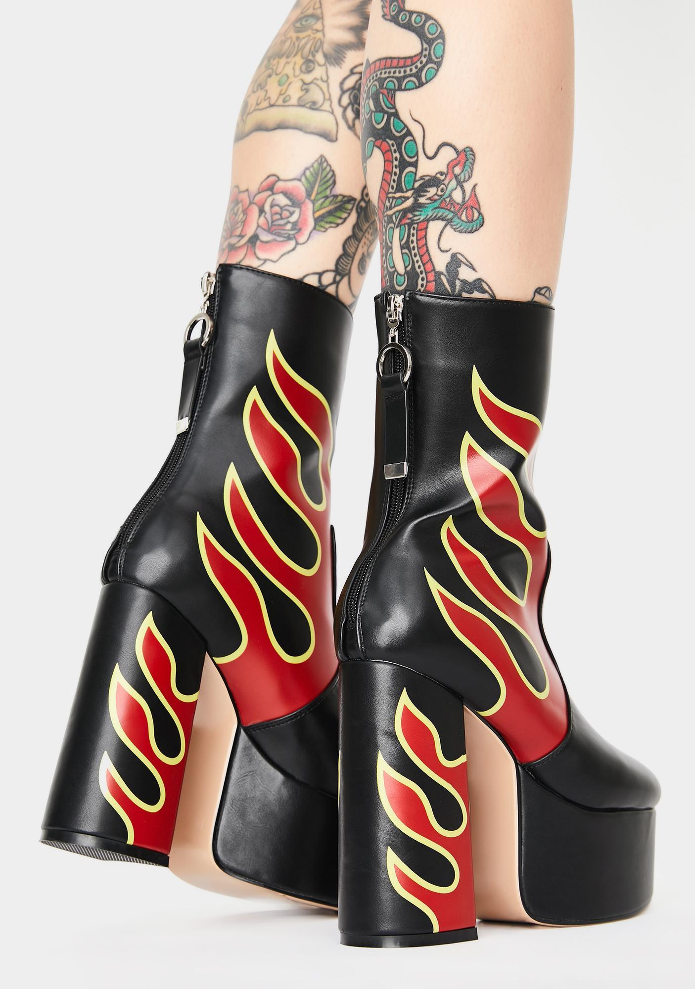 Lamoda Sizzlin Hot Platform Ankle Boots