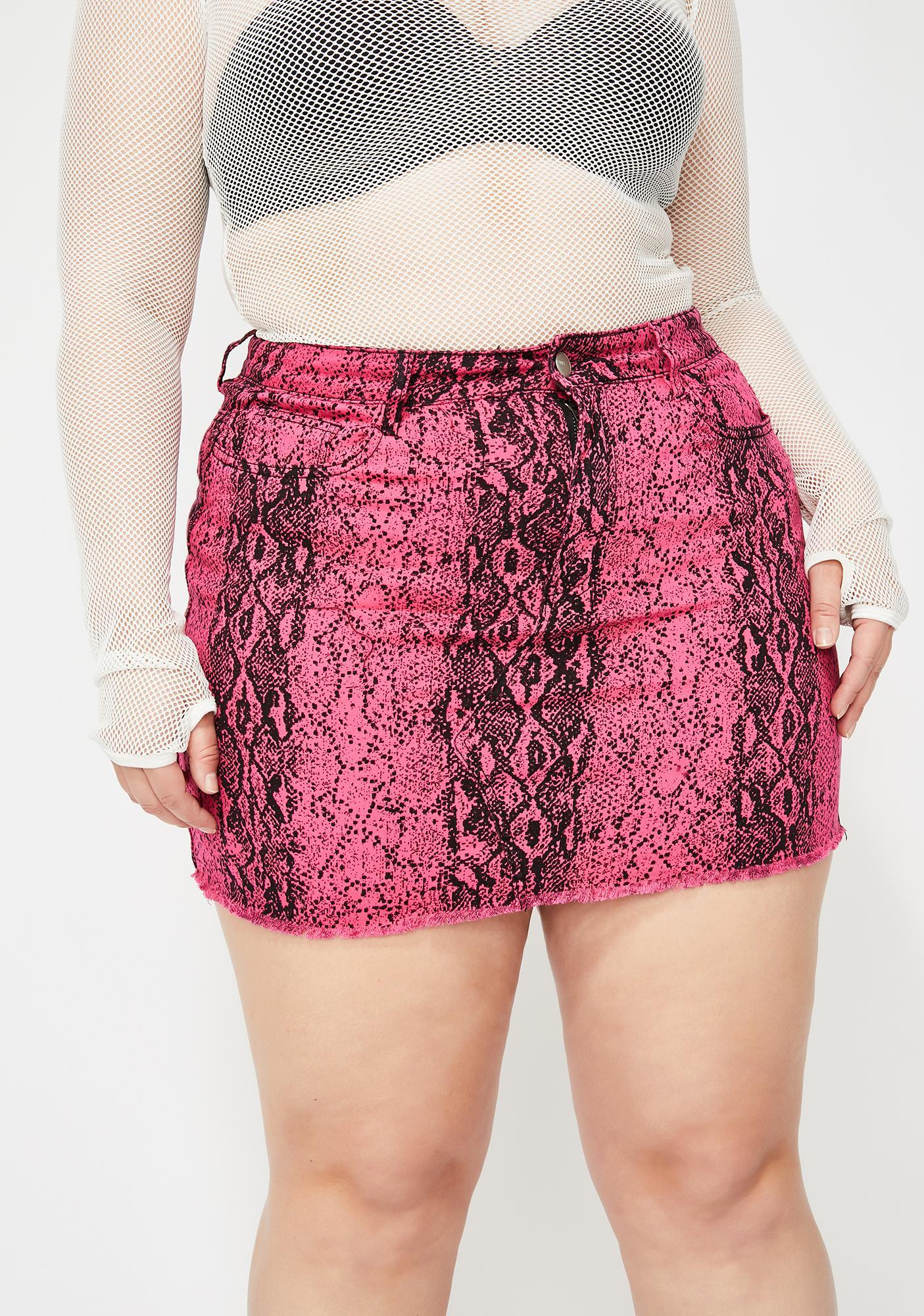 432dcdc0af3 Plus Size Pink Snake Print Mini Skirt