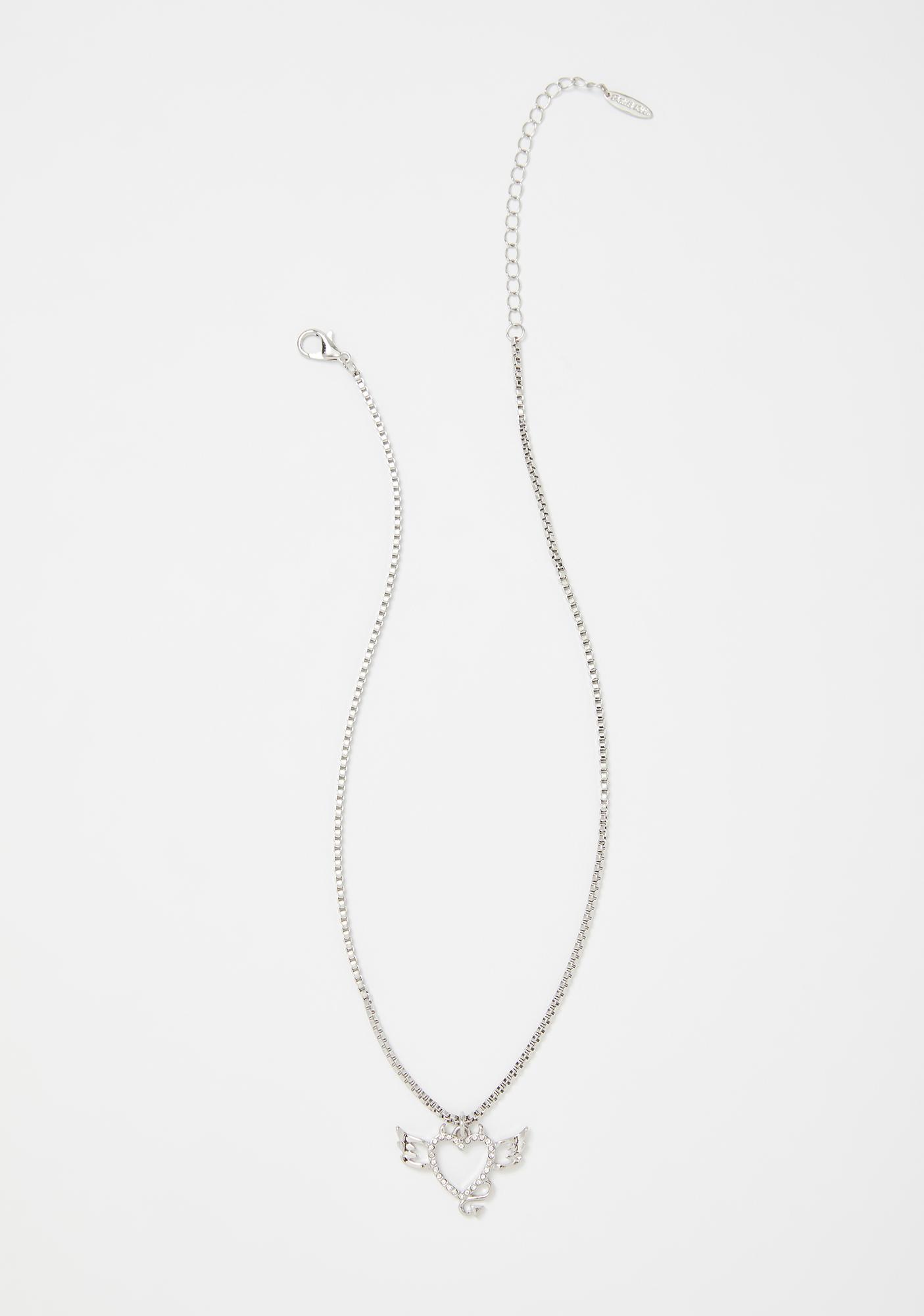 Devil's Dame Pendant Necklace