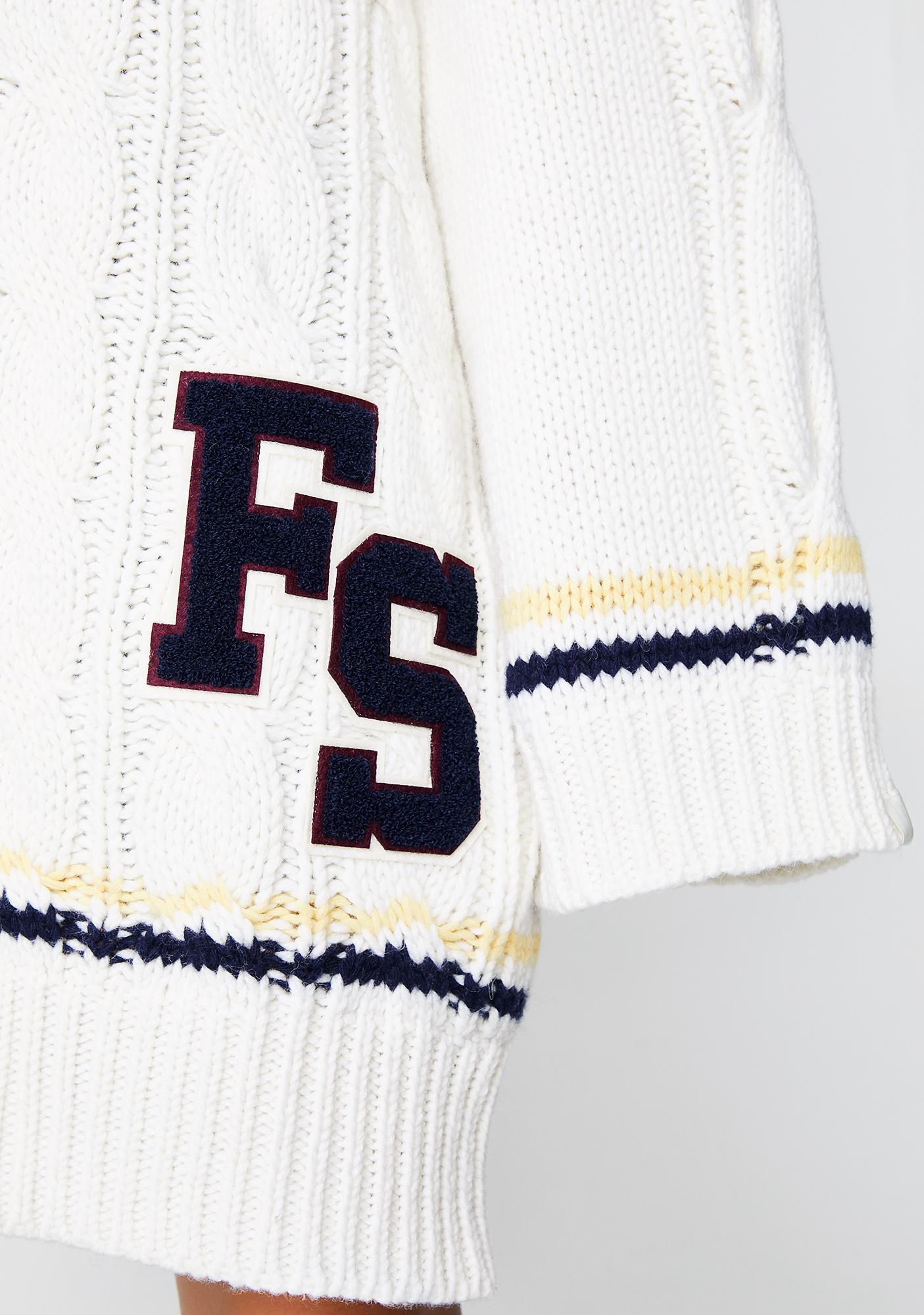 PUMA FENTY PUMA BY Rihanna V-Neck Cable Knit Sweater
