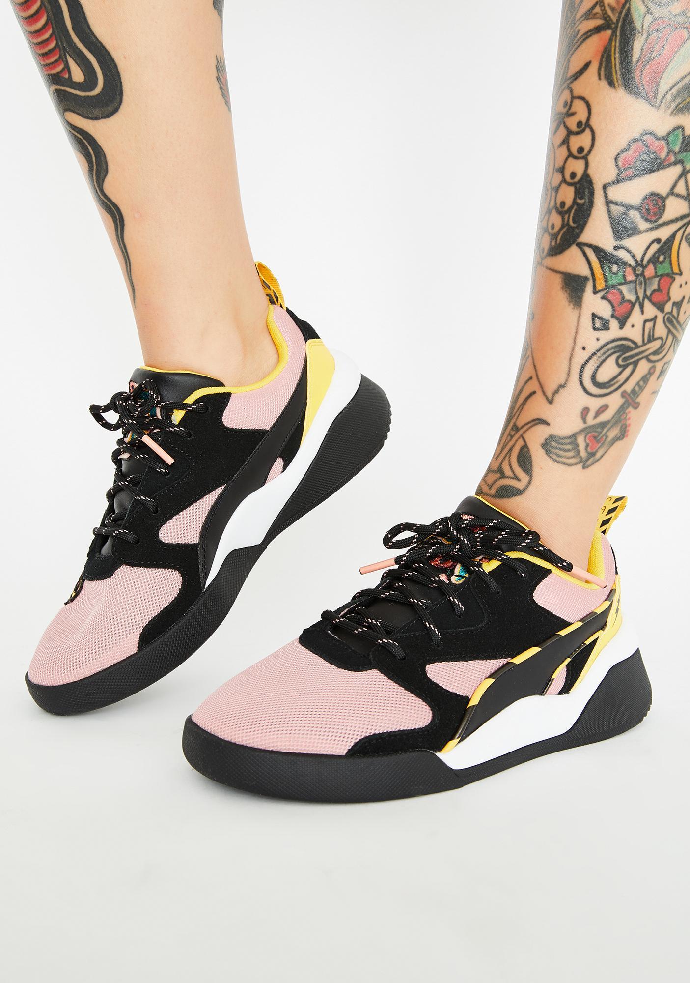 nouveau concept 4006a a9e9f X Sue Tsai Aeon Sneakers