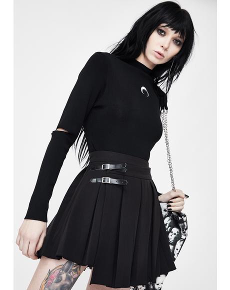 Upside Down Buckle Pleated Skirt
