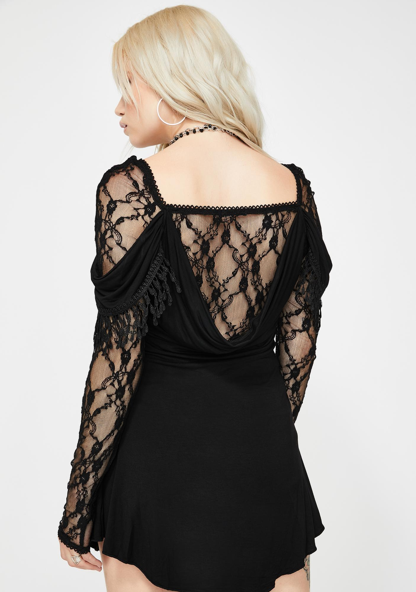 Devil Fashion Lace And Ruffle Long Sleeve Top