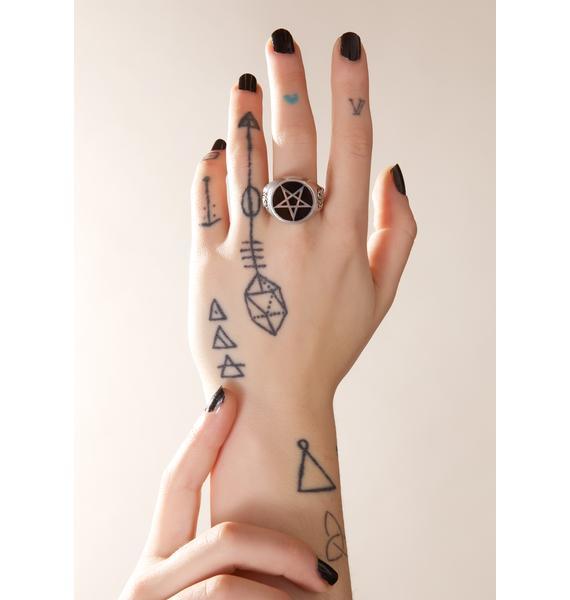 Roseus Pentagram Ring