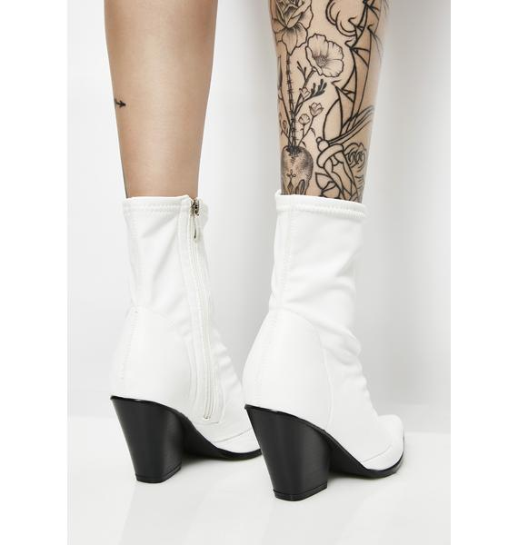 Kick It Up Pointed Boots