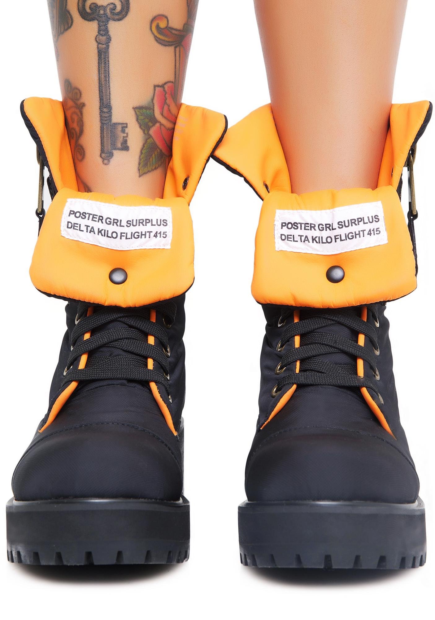 Poster Grl Combat Flight Boots