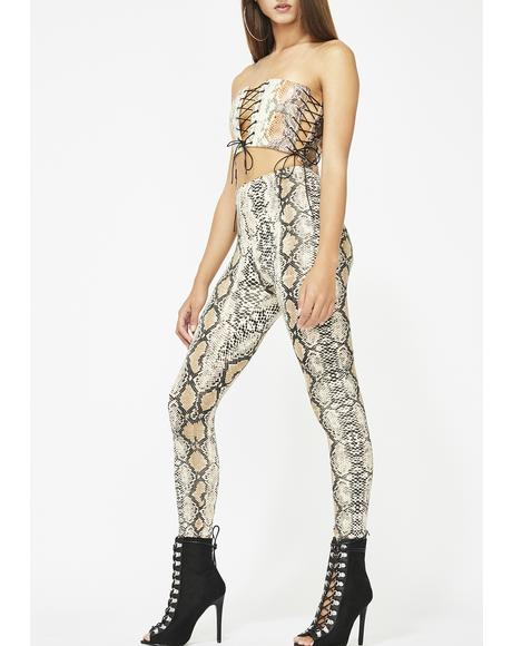 Poison Fangs Printed Leggings