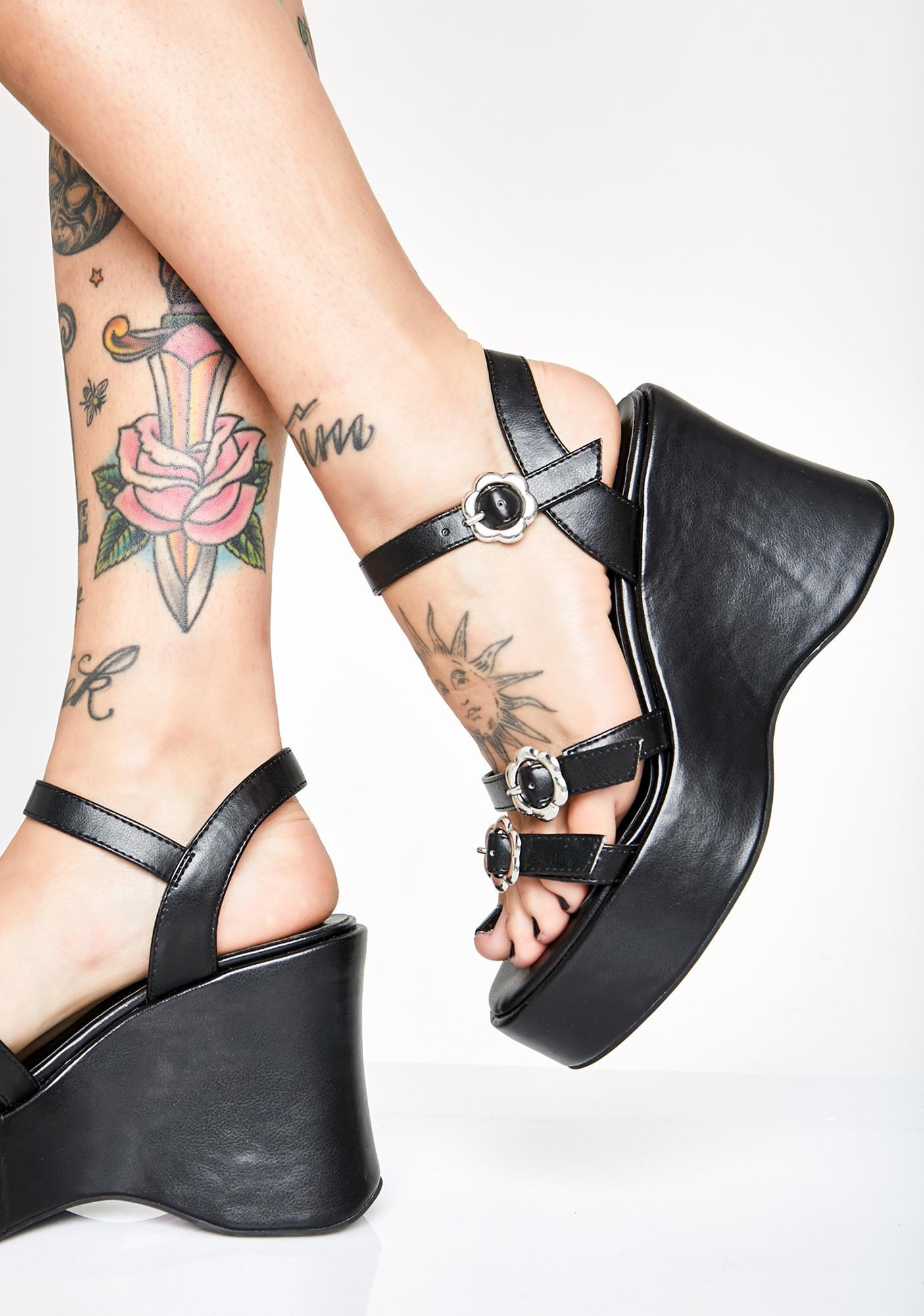 dELiA*s by Dolls Kill The Girl's Room Flower Sandals