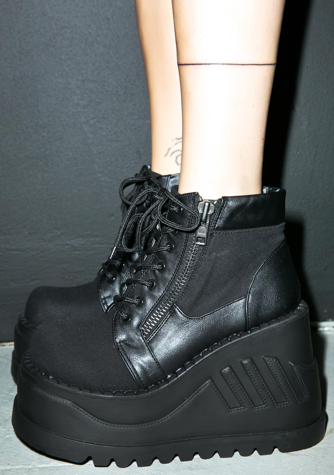 Demonia Stomp Boot