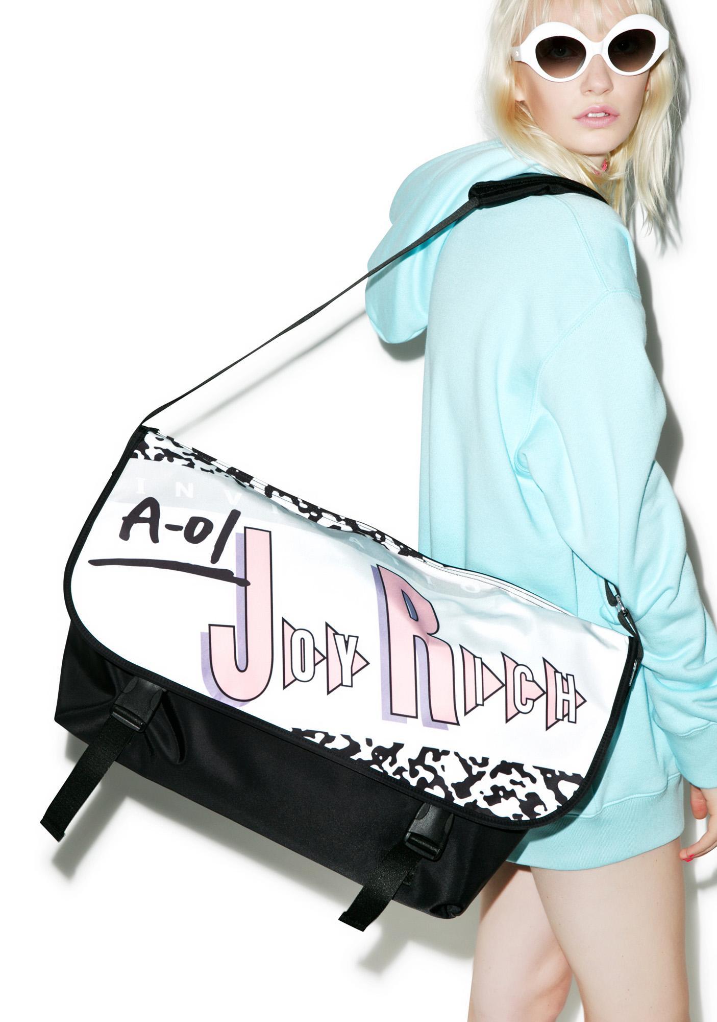 Joyrich Invitation Messenger Bag