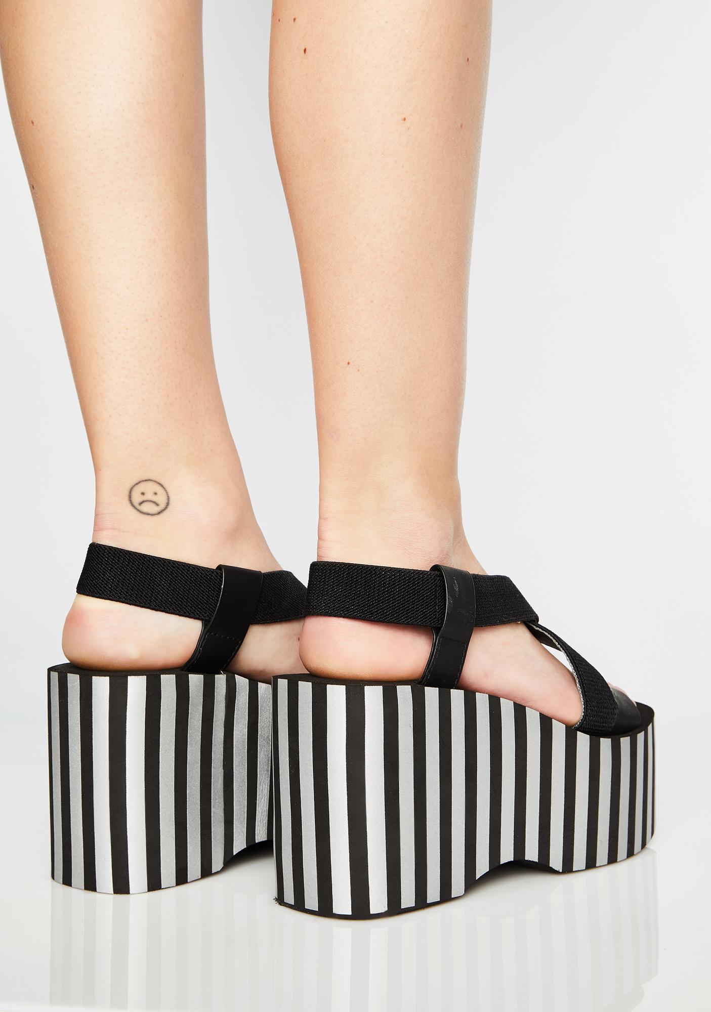 53ea8f8a0f8 ... Rocket Dog Stripe Bayer Platform Sandals