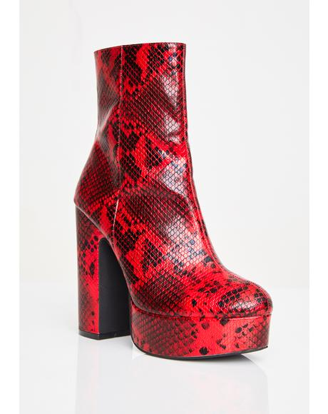 Kaitlyn Platform Boots