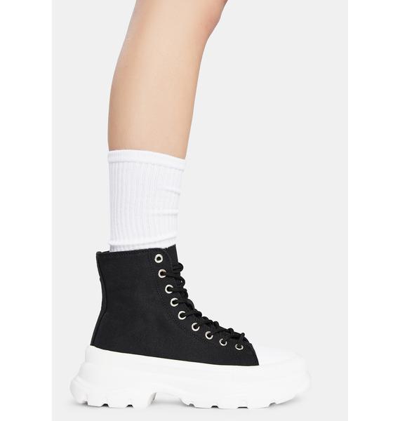 Noir Public Admirer Boots
