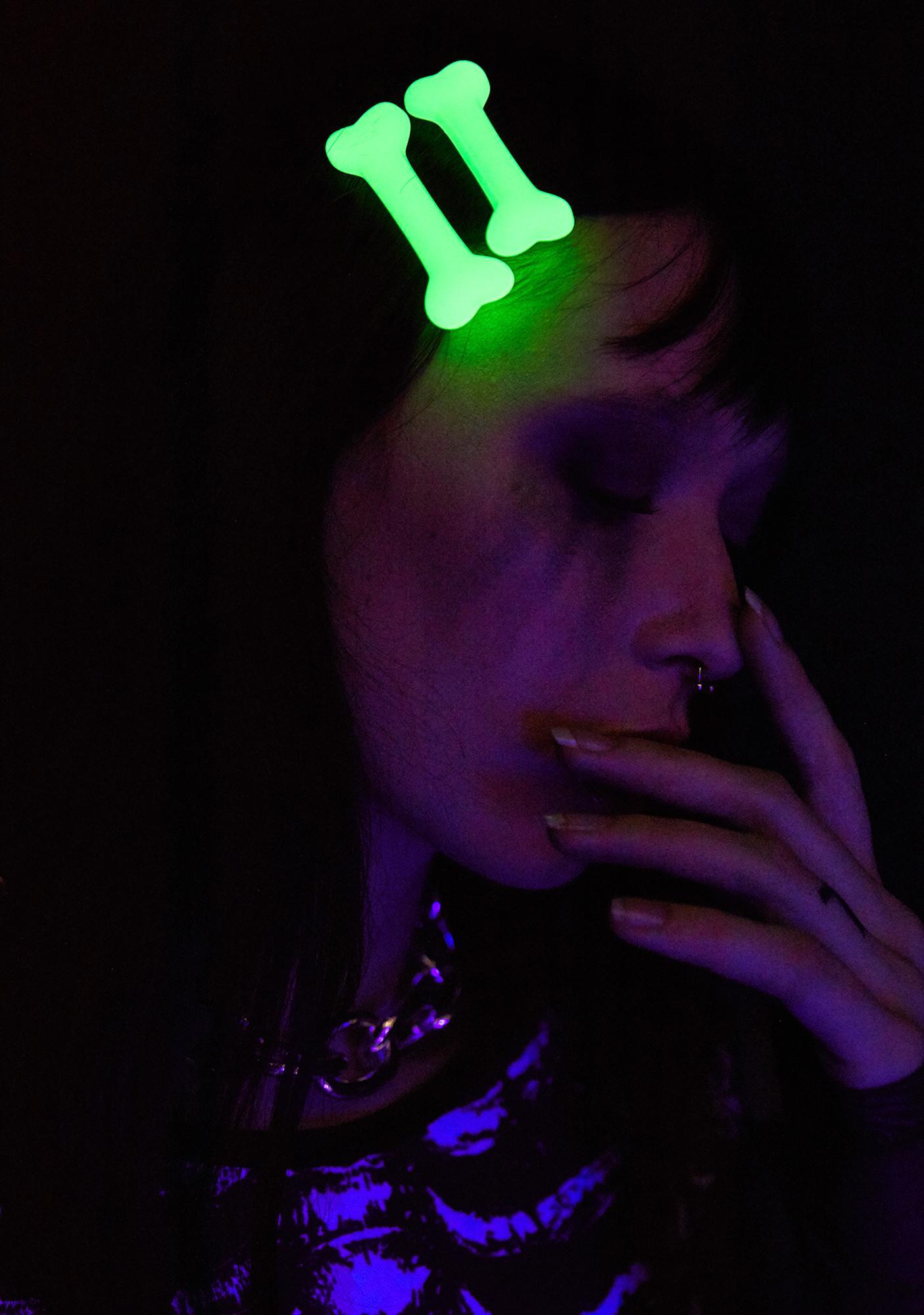 Kreepsville 666 Mini Bone Glow In The Dark Hair Slides
