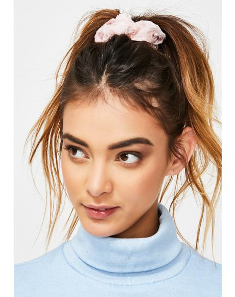 Cutie Vibe Pearl Scrunchie
