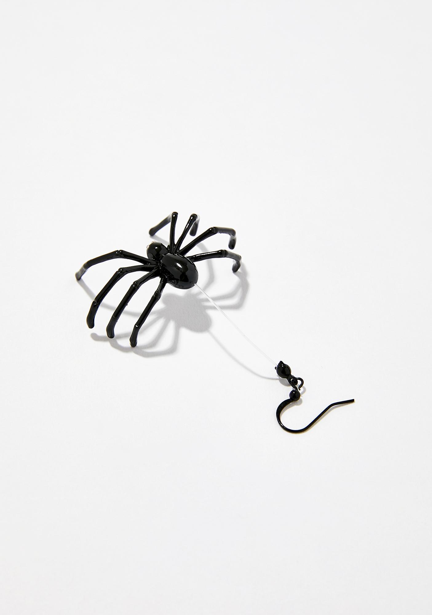 Mami Long Legs Spider Earrings