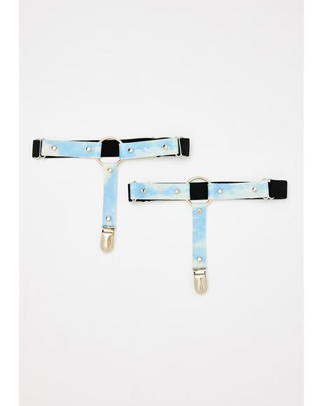 Kiss The Clouds Garter Set