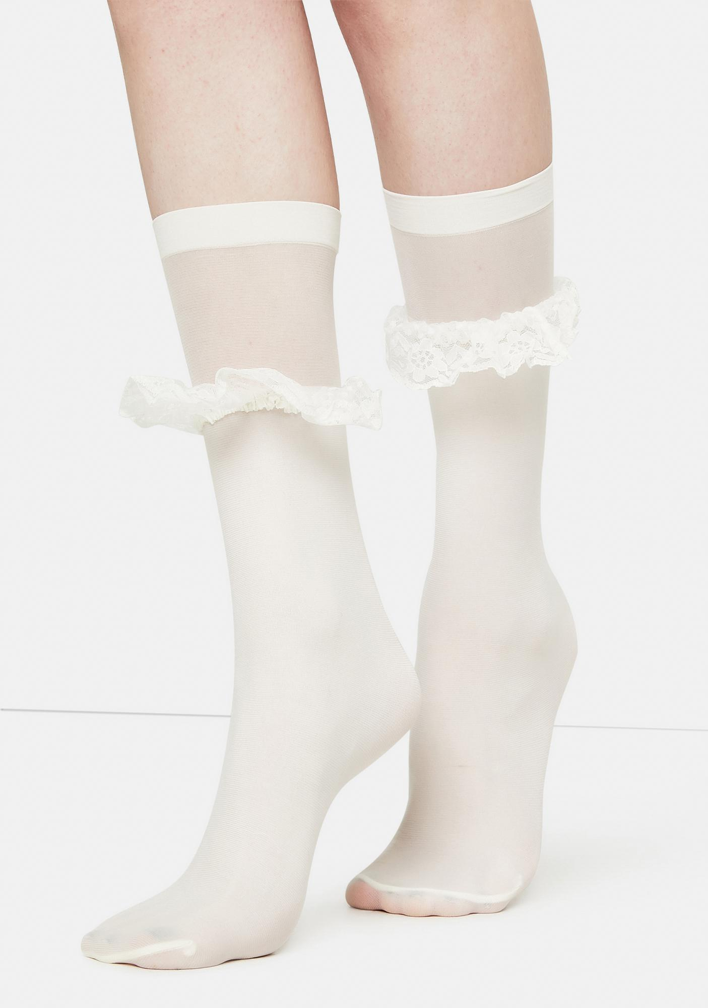 MeMoi White Ruffleina Ankle Socks