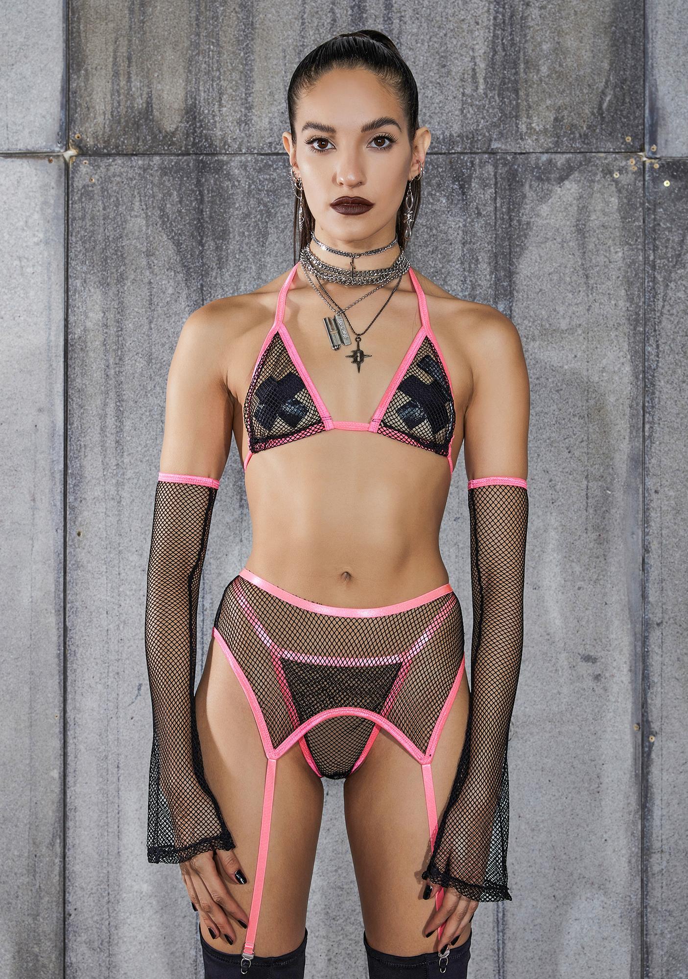 DARKER WAVS Snare Pink Piping Fishnet 4-Piece Garter Set