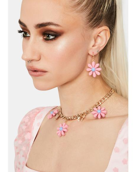 Daring Daisy Earrings Set
