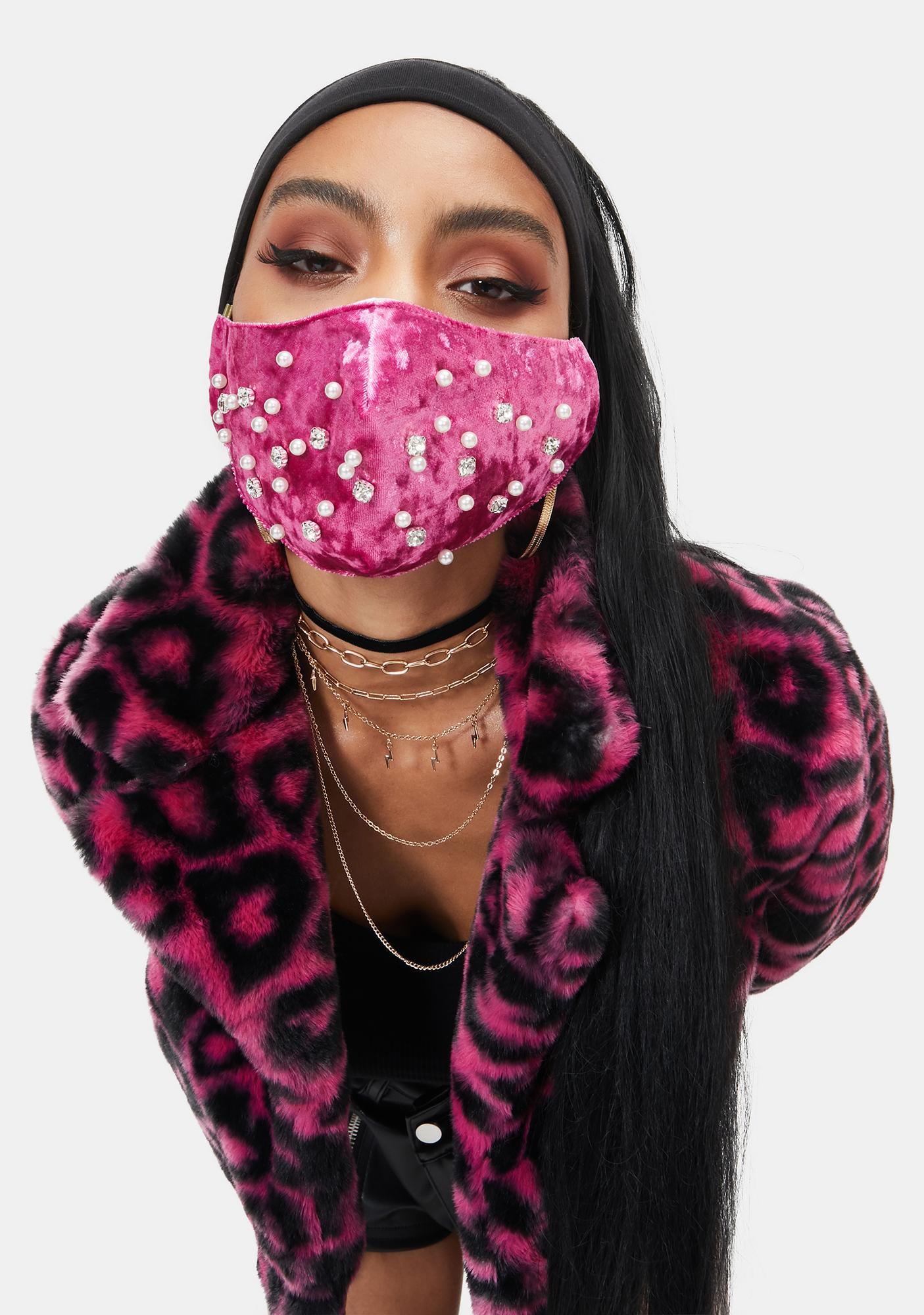 Luxe Pearl Velvet Face Mask