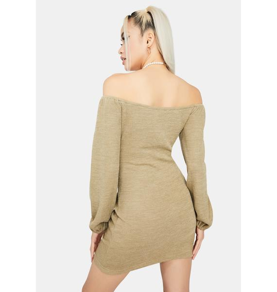 Olive Seasonal Sass Ruched Dress