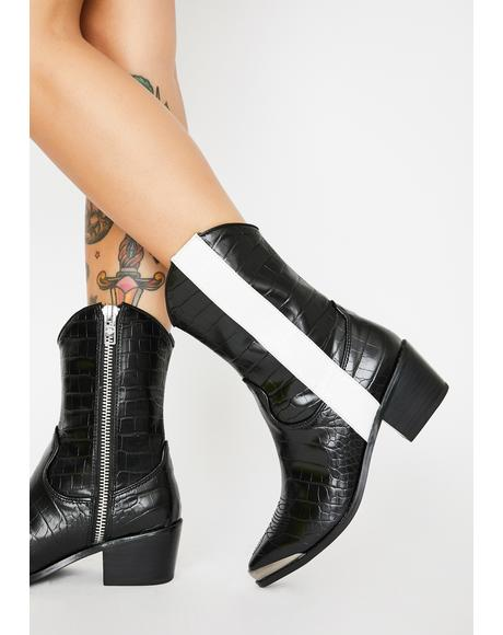 Death Roll Boots