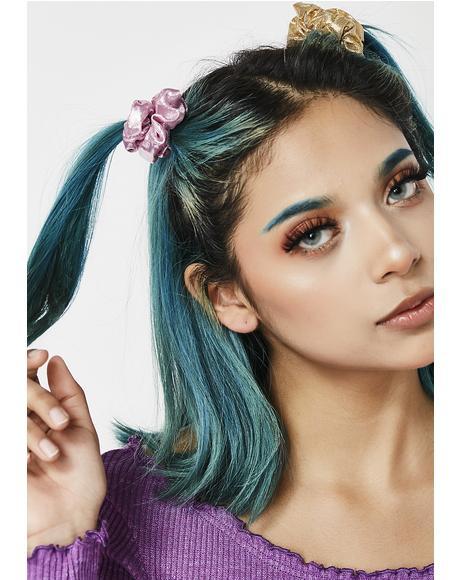 She'z A Maniac Scrunchie Set