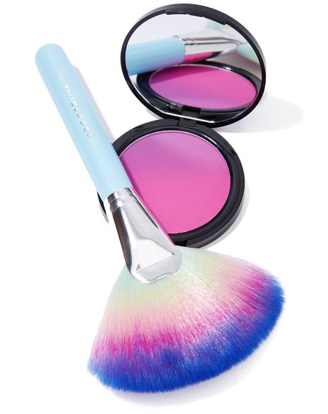 Rain Glow Fan Brush