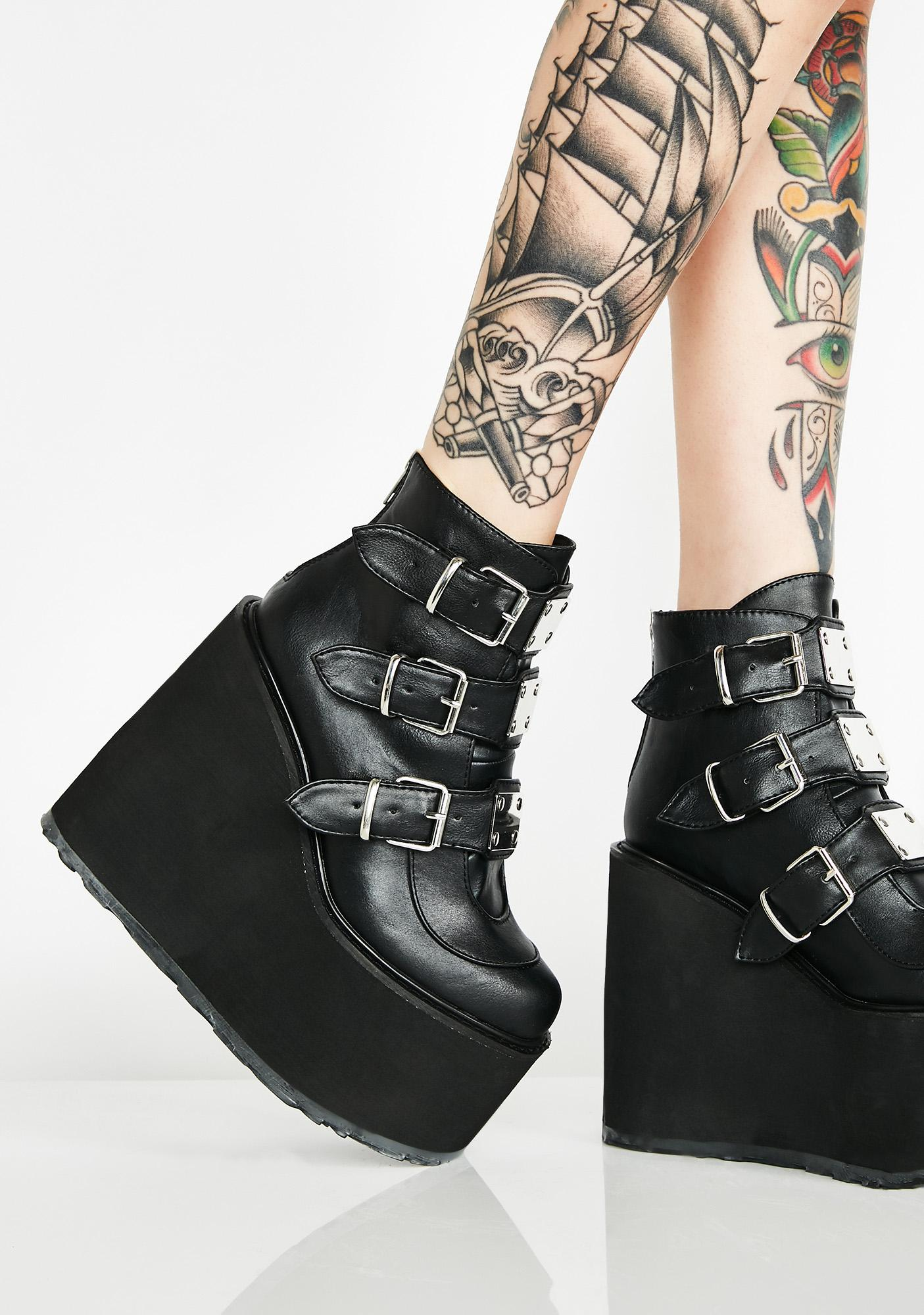 Demonia Matte Low Trinity Boots