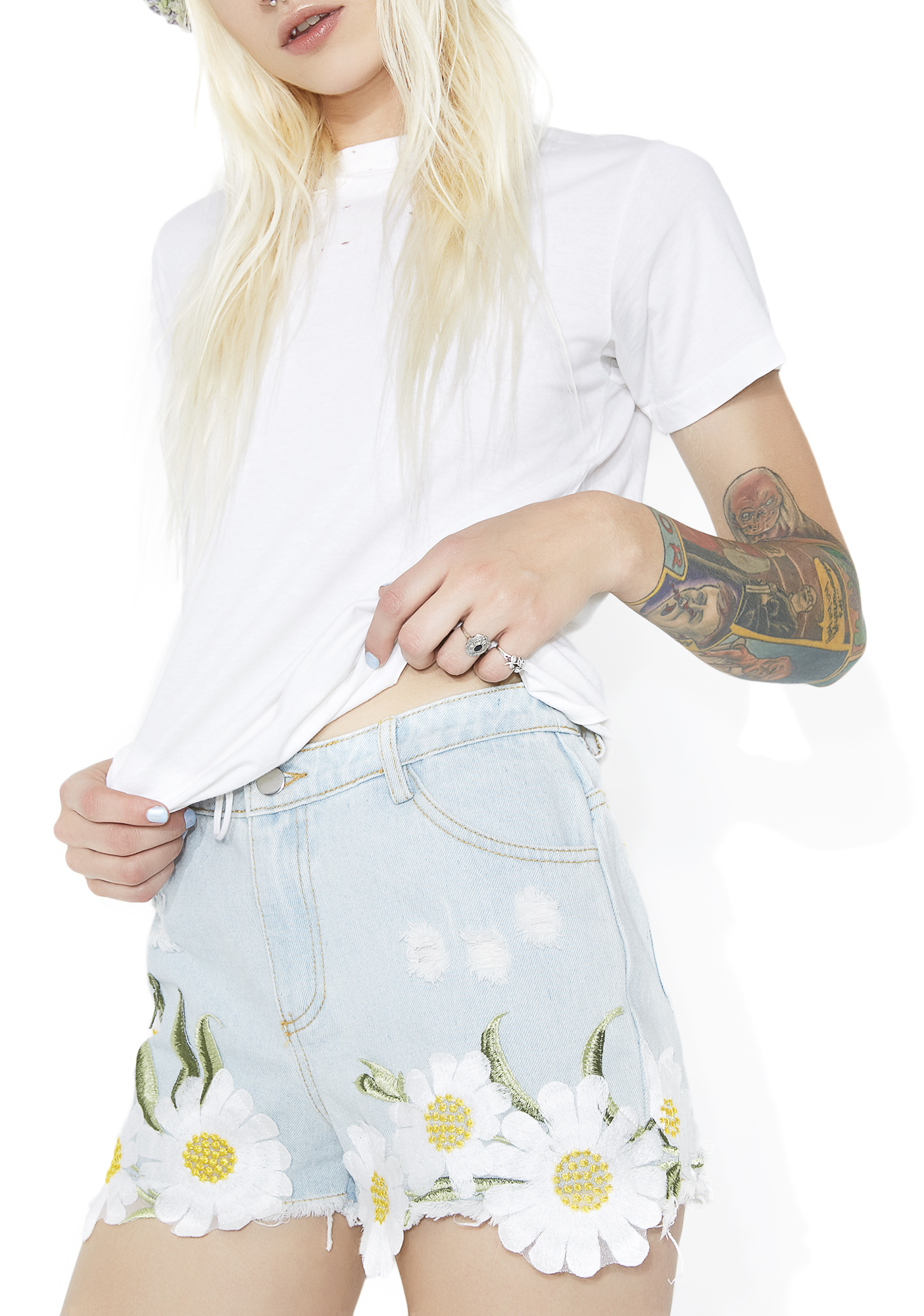 Daisy Embroidered Shorts