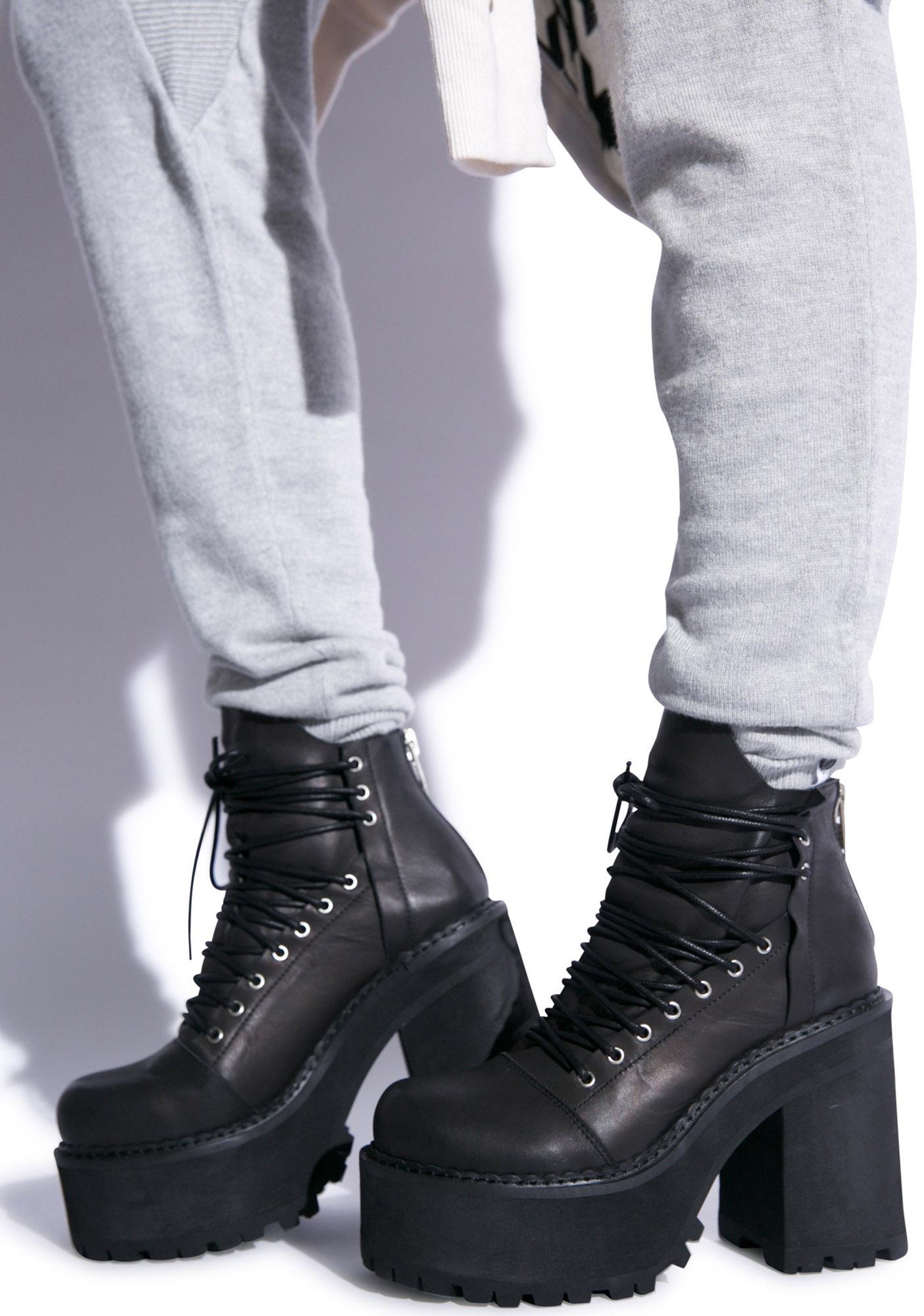 UNIF Thrash Boot