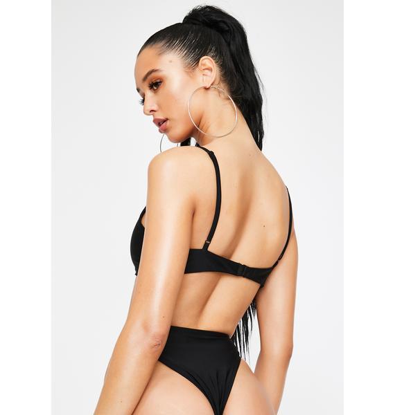 Poster Grl All Exclusive V Cut Bikini Set