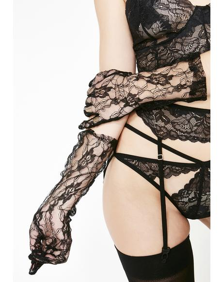 Captive Love Lace Gloves