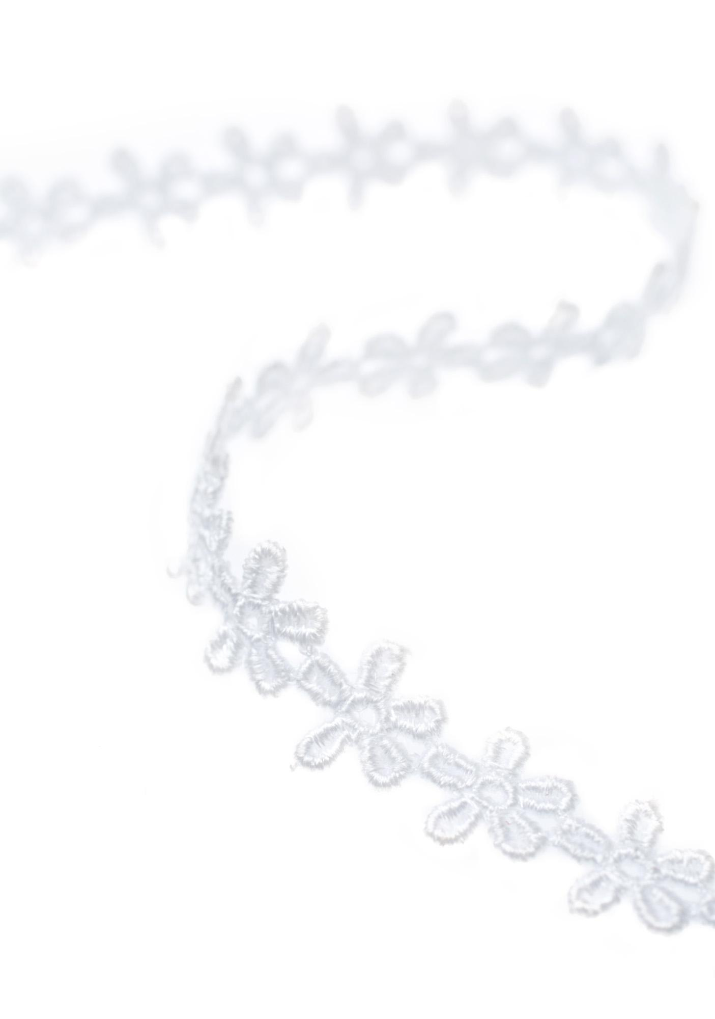 Vanessa Mooney White Daisy Choker