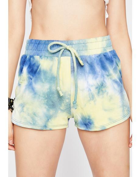 Wavy Max Chill Tie Dye Shorts