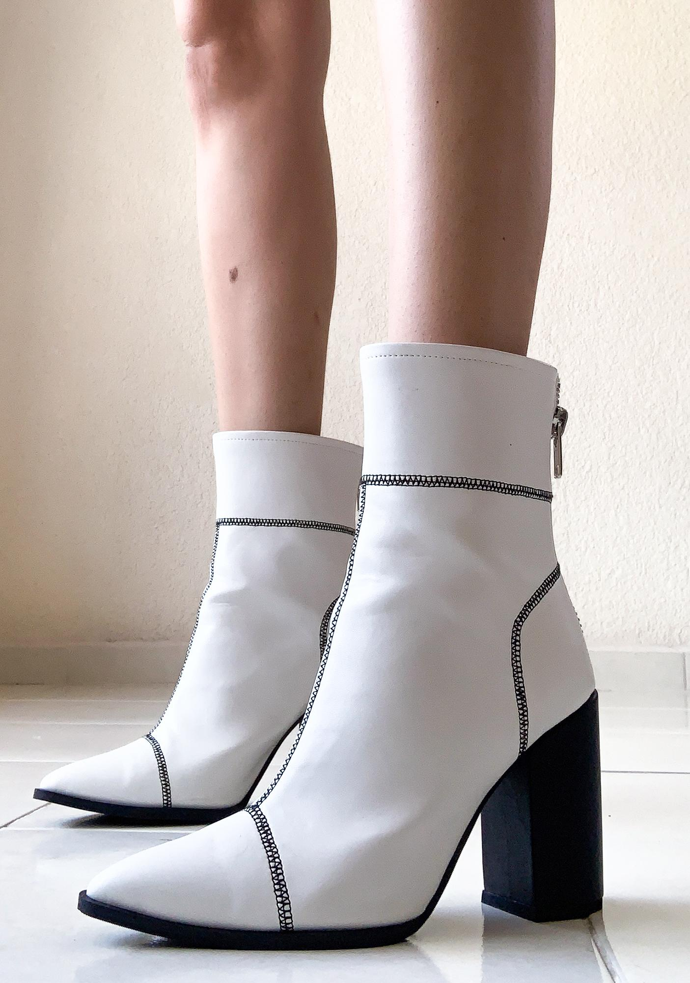 Poster Grl Money Heist Sock Boots